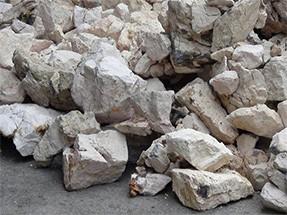 铝矾土超细立式磨粉机