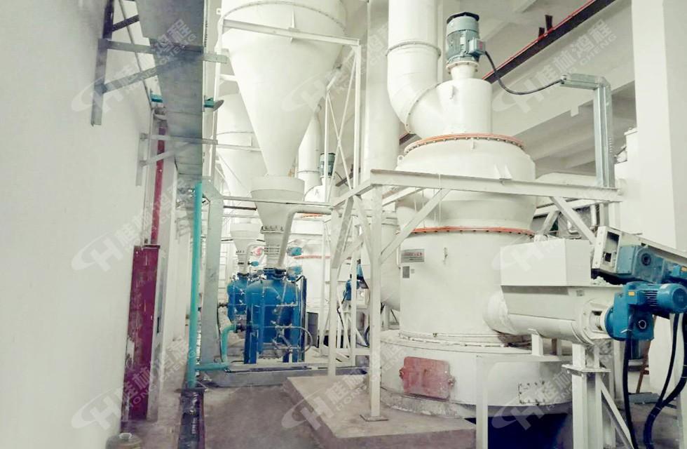 膨润土雷蒙机生产线在内蒙古成功投产