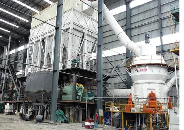 贵州250目铝矾土生料磨粉机--HLM2400立式磨