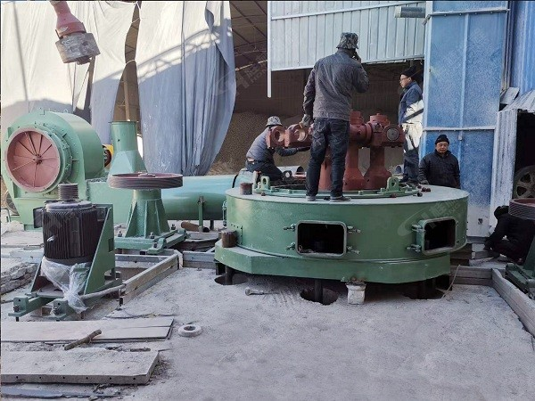 石灰石磨粉机设备HC1700磨机